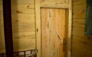 Dveře pro kutily ze dřeva: výroba a instalace