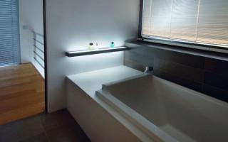 Výběr koupelnových polic: vše, co potřebujete vědět o jejich typech a kritériích výběru   Green-Pages.info