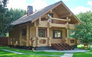 Jaké materiály jsou vhodné pro opláštění vnitřních stěn domu postaveného ze dřeva